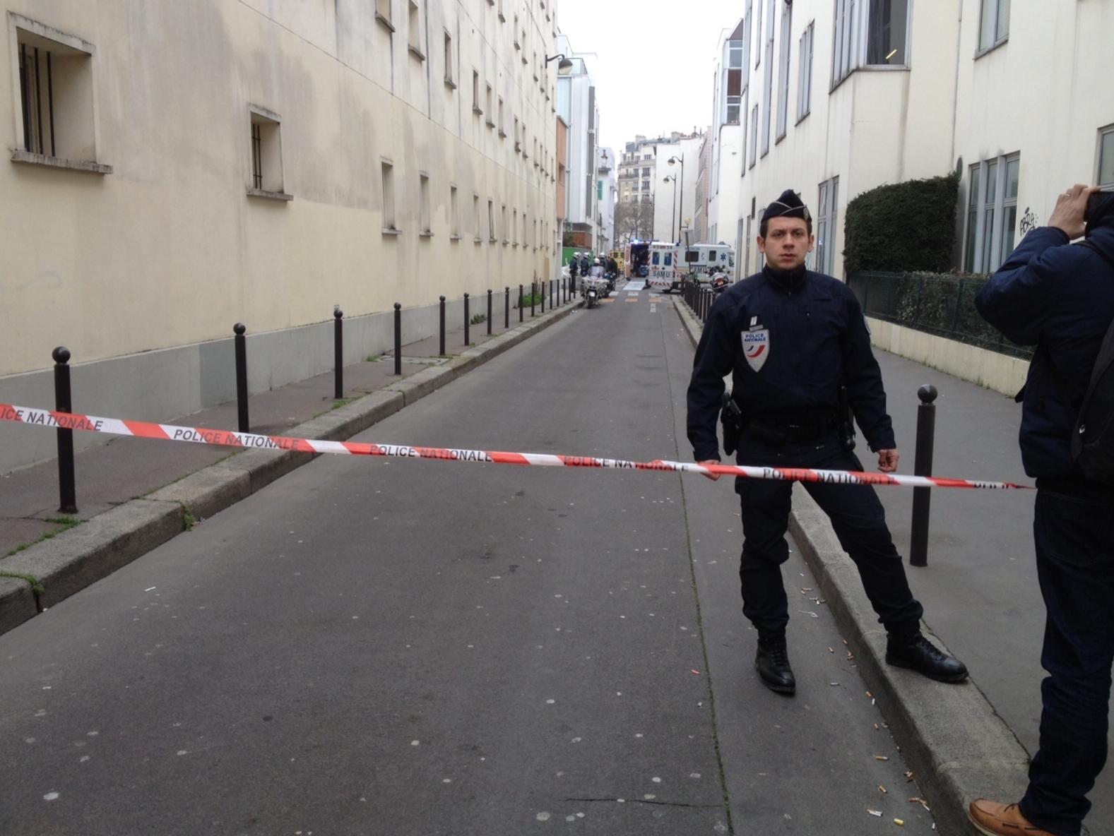 Gríðarleg öryggisgæsla er nú í París.