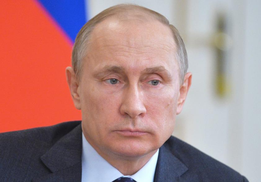 Rússaher, undir stjórn Vladimir Pútíns Rússlandsforseta, hefur verið með ógnandi tilburði á alþjóðavettvangi undanfarin misseri. Mynd: EPA
