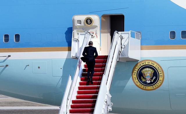 Barack Obama, forseti Bandaríkjanna, hafði forgöngu um samkomulagið við Írani. Hann á hins vegar enn eftir að koma því í gegnum bandaríska þingið, þar sem Repúblíkanar eru með meirihluta í báðum deildum. Það gæti orðið einmannaleg vegferð fyrir forsetann.