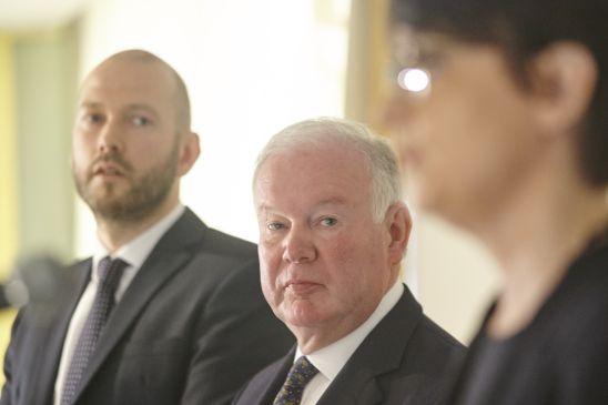 Sigþór Jónsson, Charles Hendry og Ragna Árnadóttir. Mynd: Anton.