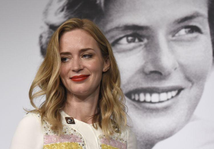 Breska leikkonan Emily Blunt á blaðamannafundi á Cannes. Mynd: EPA